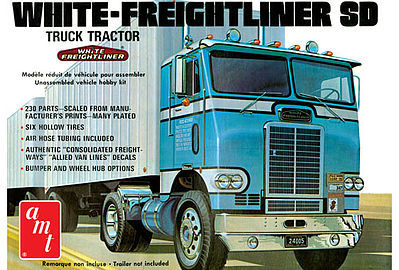 White Freightliner Single Drive Tractor 1:25